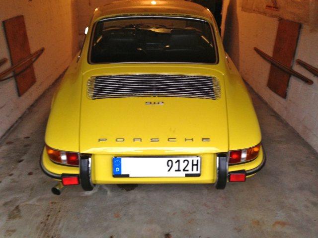 Porsche_912_Garage_2
