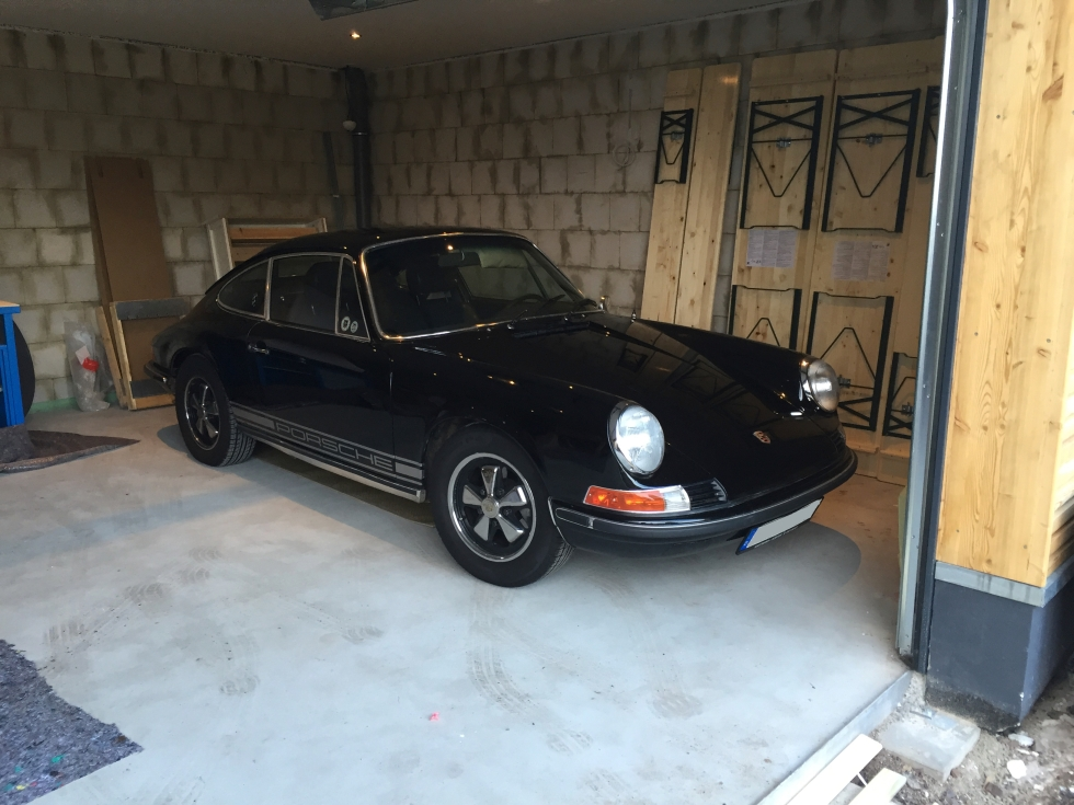 911_garage